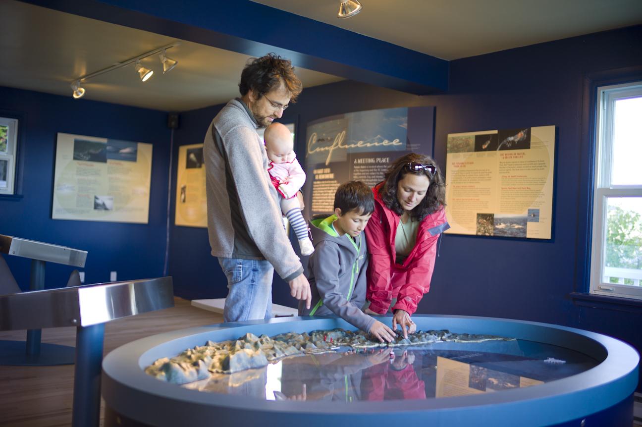 Centre d'interprétation et d'observation de Pointe-Noire, parc marin du Saguenay–Saint-Laurent / Pointe-Noire Interpretation and Observation Centre, Saguenay-St. Lawrence Marine Park